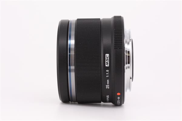 Olympus 25mm f/1.8 M.ZUIKO DIGITAL