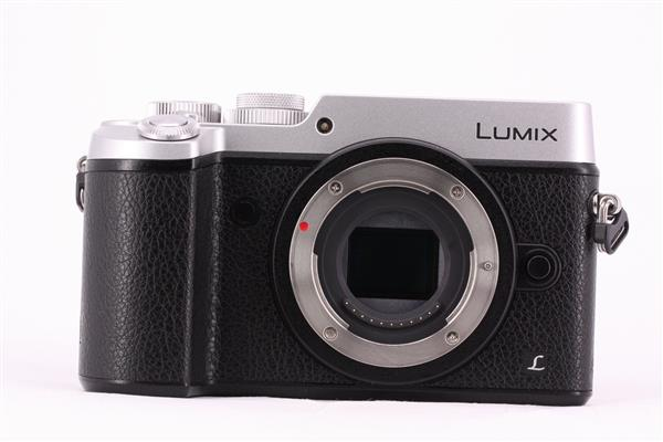 Panasonic Lumix DMC-GX8 Compact System Camera Body