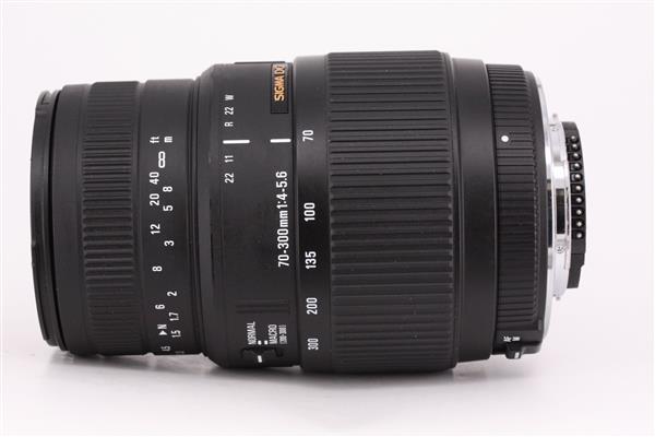 Sigma 70-300mm f/4-5.6 DG Macro (Nikon AF - Motorised)