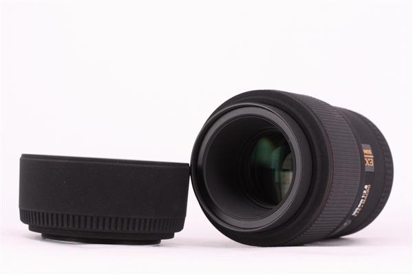 Sigma 105mm f/2.8 EX DG Macro (Canon Fit)