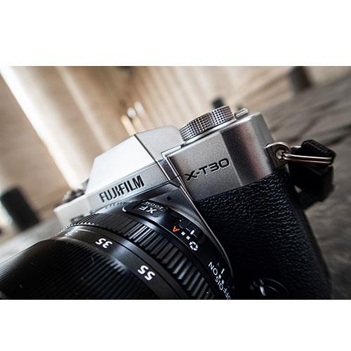 X-T30 Mirrorless Camera in Silver with XF18-55mm Lens Product Image (Secondary Image 8)