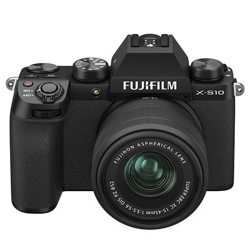 X-S10 Mirrorless Camera in Black with XC15-45mm Lens Product Image (Secondary Image 4)