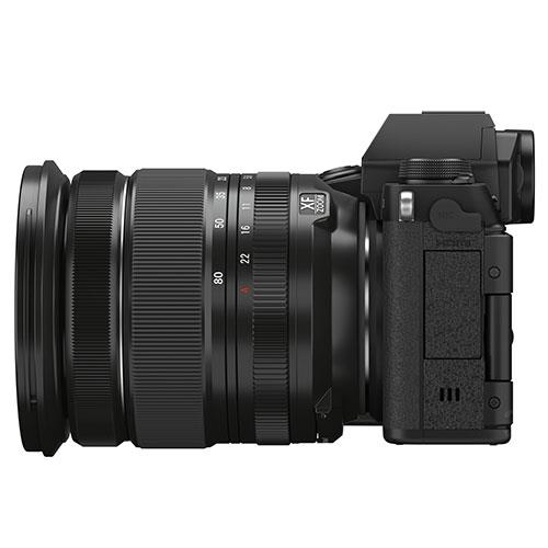 X-S10 Mirrorless Camera in Black with XF16-80mm Lens Product Image (Secondary Image 5)