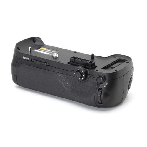 Battery Grip MB-D12 for Nikon D800/D800E/D810/D810a Product Image (Secondary Image 1)