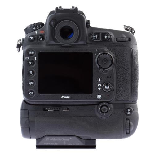 Battery Grip MB-D12 for Nikon D800/D800E/D810/D810a Product Image (Secondary Image 2)