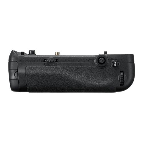 MB-D18 Multi-Battery Grip Product Image (Primary)