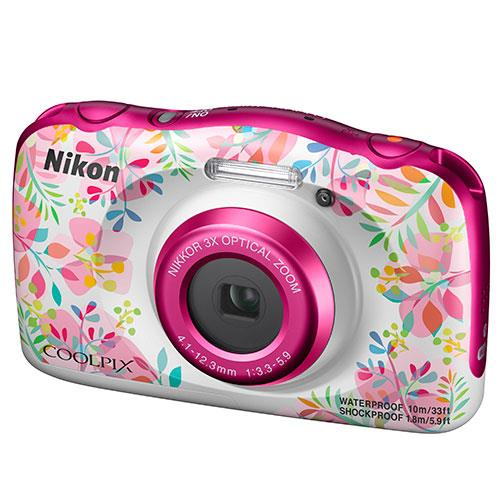 Coolpix W150 Camera in Flowers Product Image (Secondary Image 3)