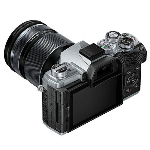 OM-D E-M5 Mark III Mirrorless Camera in Silver with 14-150mm Lens Product Image (Secondary Image 4)