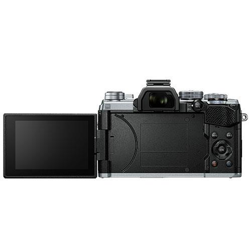 OM-D E-M5 Mark III Mirrorless Camera in Silver with 14-150mm Lens Product Image (Secondary Image 5)