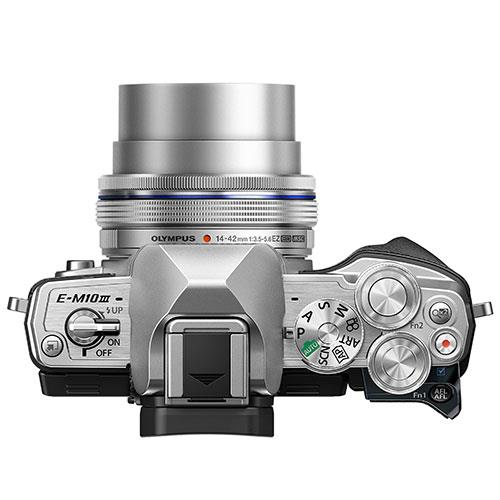 OM-D E-M10 Mark III Mirrorless Camera in Silver with 14-42mm EZ Lens Product Image (Secondary Image 5)