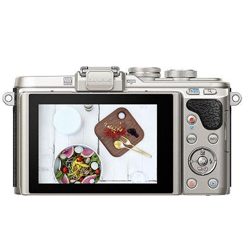 OLYMPUS E-PL8 TWIN LENS KIT Product Image (Secondary Image 1)