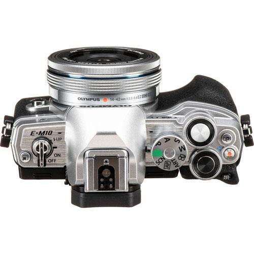 OM-D E-M10 Mark IV Mirrorless Camera in Silver with 14-42mm F/3.5-5.6 Lens Product Image (Secondary Image 3)