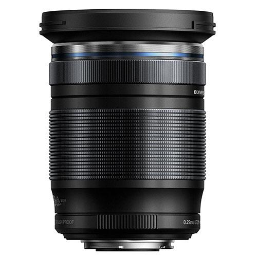 M.Zuiko Digital ED 12-200mm F3.5-6.3 Lens Product Image (Secondary Image 1)