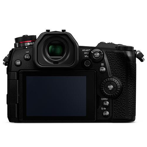 Lumix G9 Mirrorless Camera with 25mm f/1.7 Lens, Grip and Battery Product Image (Secondary Image 3)