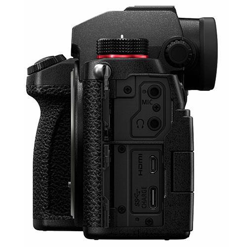 Panasonic Lumix S5 Mirrorless Camera Body  Product Image (Secondary Image 6)