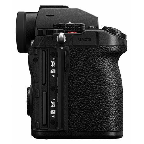Panasonic Lumix S5 Mirrorless Camera Body  Product Image (Secondary Image 7)