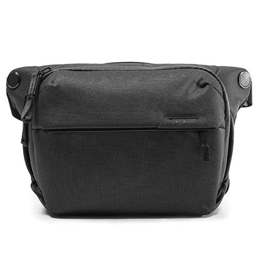 Everyday Sling Bag 6L V2 in Black Product Image (Primary)