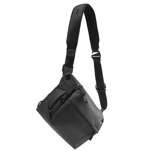 Everyday Sling Bag 6L V2 in Black Product Image (Secondary Image 1)