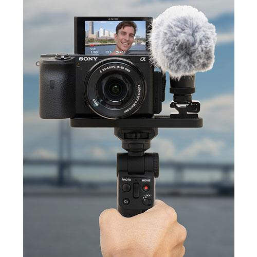 GP-VPT2BT Grip with Wireless Remote Commander Product Image (Secondary Image 6)