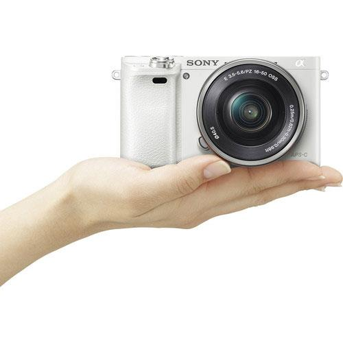 A6000 Mirrorless Camera in White with 16-50mm Power Zoom Lens Product Image (Secondary Image 6)