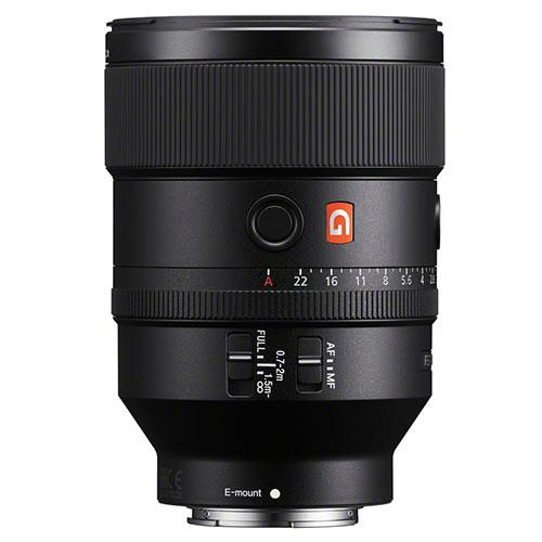 FE 135mm f/1.8 GM Lens Product Image (Secondary Image 1)