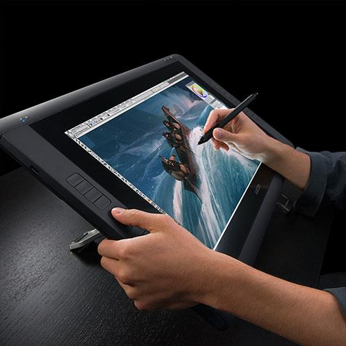 Cintiq 22-inch Pen Only Graphics Tablet Product Image (Secondary Image 3)