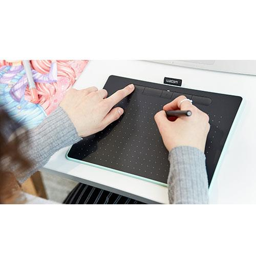 Intuos M Bluetooth Graphics Tablet in Pistachio Product Image (Secondary Image 2)