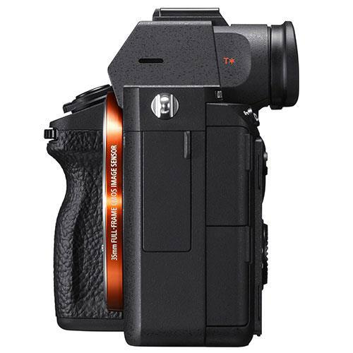 a7 III Mirrorless Camera Body with FE 28-60mm F4-5.6 Lens Product Image (Secondary Image 3)