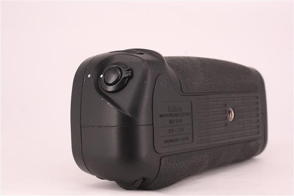 MB-D10 Multi-Power Grip for D300 and D700 - Secondary Sku Image