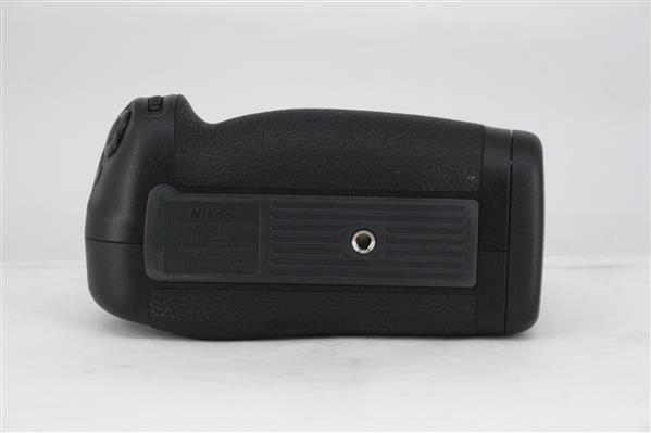 MB-D17 Multi Power Battery Pack - Primary Sku Image