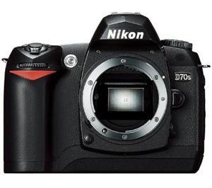Nikon D70s (Body Only)