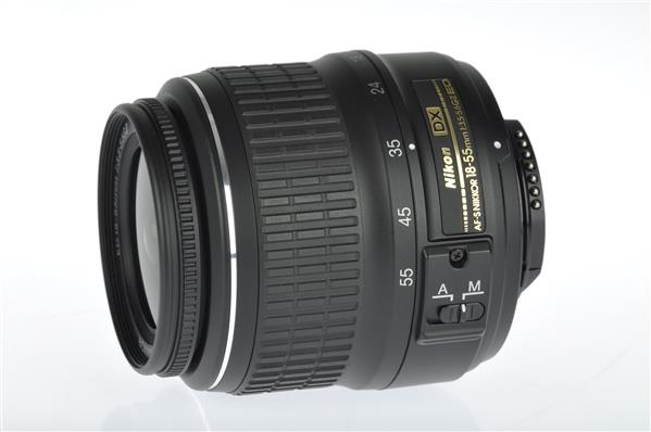 Nikon AF-S DX 18-55mm f/3.5-5.6G ED II
