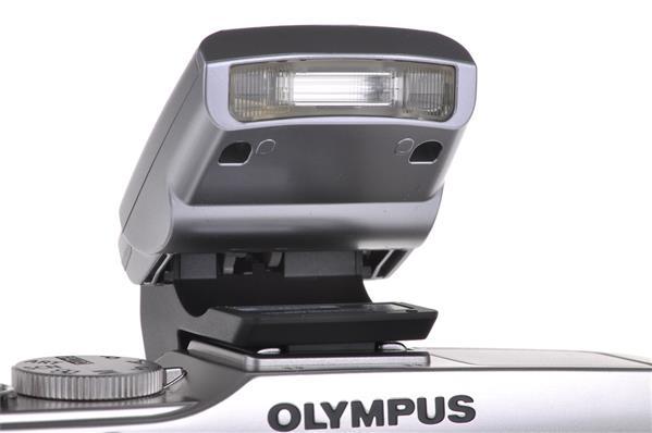 Olympus FL-LM1 (PEN)