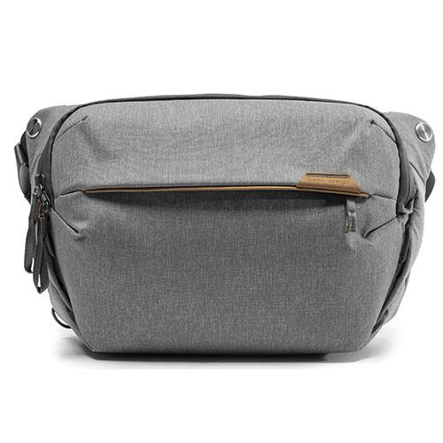 Peak Design Everyday Sling Bag 10L V2 in Ash