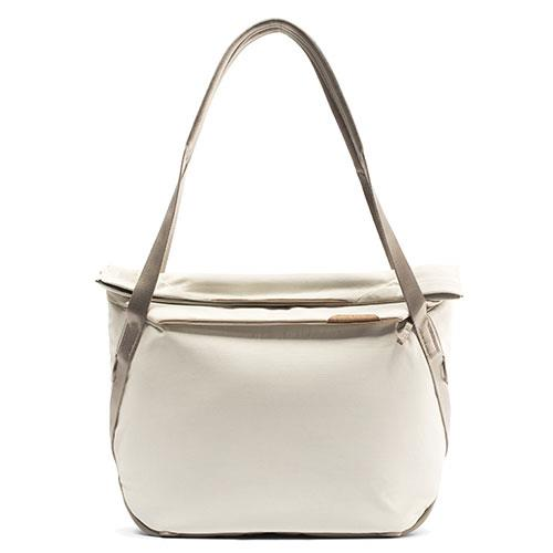 Peak Design Everyday Tote V2 15L in Bone